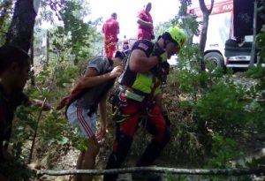 Portati in salvo due ragazzi bloccati sul sentiero che conduce al Trebbia