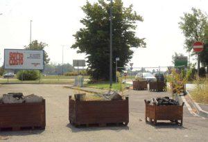 Tour del sindaco a Ivaccari e Montale: viabilità, degrado e il cimitero le priorità