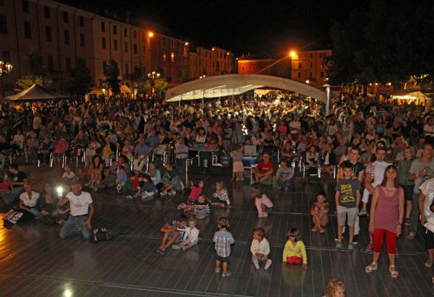 Guarda le immagini della grande festa della bortellina di Bettola