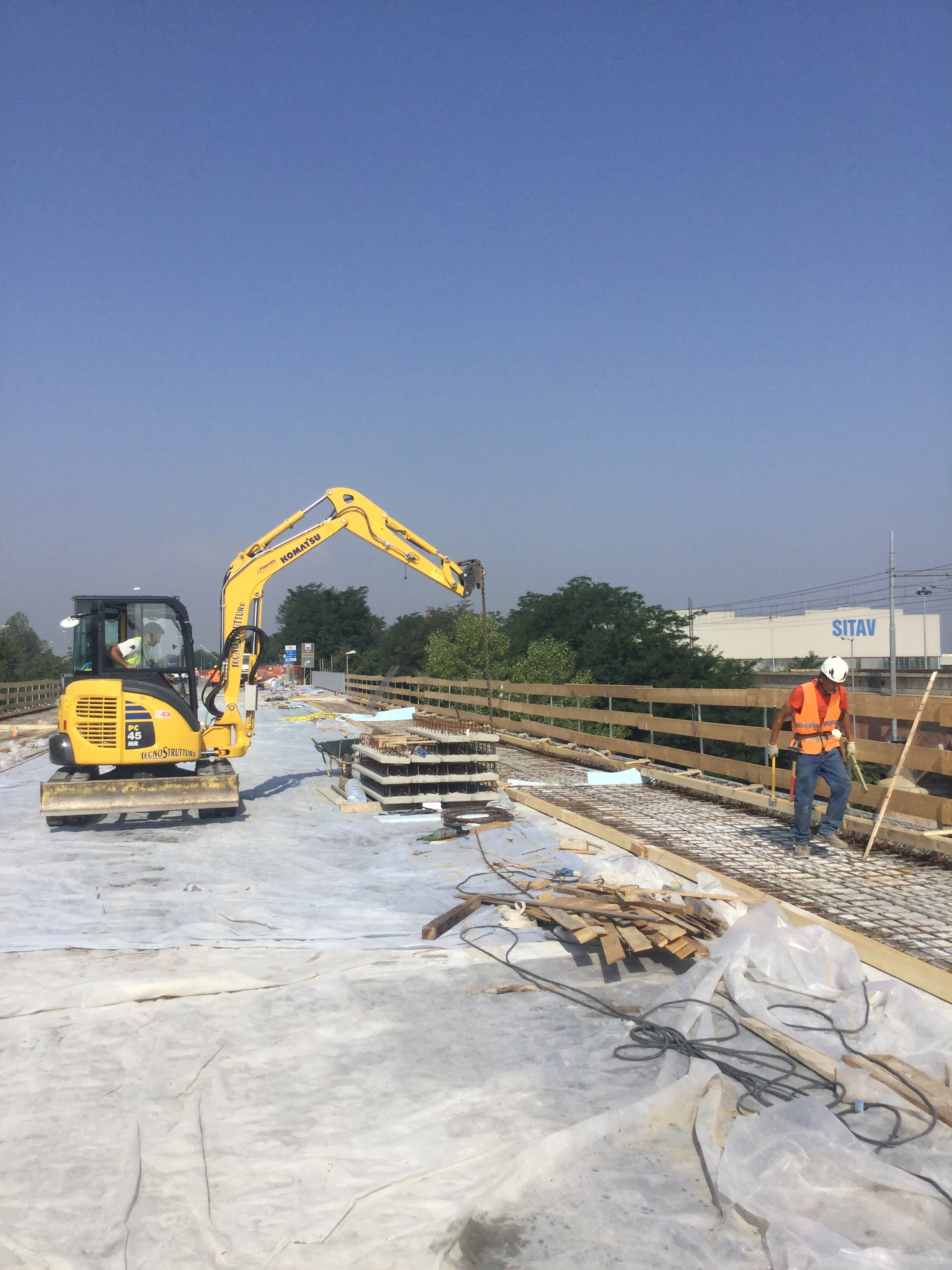 Agosto di lavori sul ponte trebbia nuova strada for Camino sul ponte rialzato