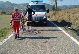 Cade in bici a Stadera: grave un ciclista trasportato a Parma