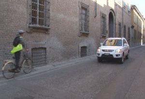 """Stop a bici contromano in centro storico entro il 2017. Mancioppi: """"Ripristiniamo la legalità"""""""