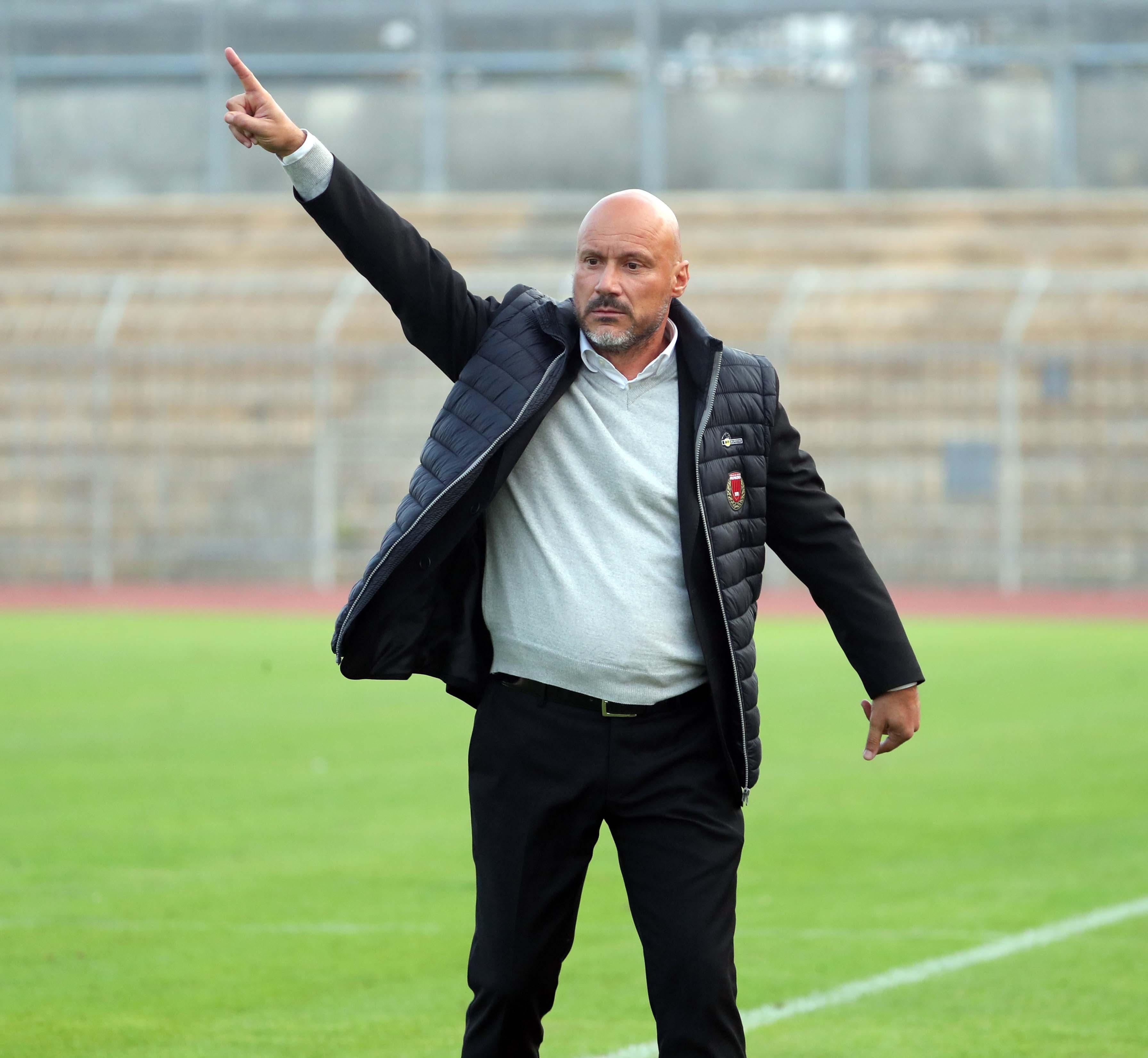 Il Pro centra due pali il Livorno sigla tre reti rossoneri nei guai