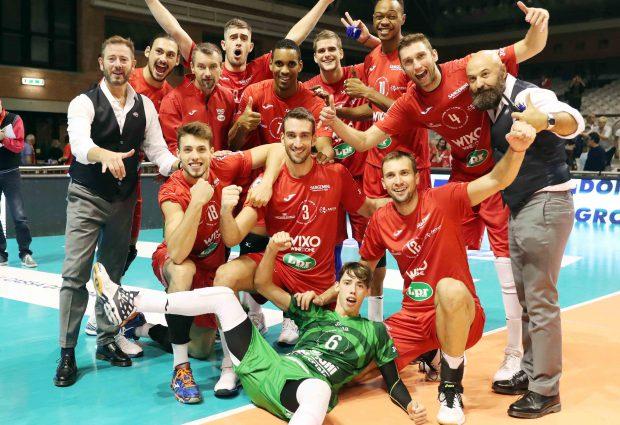 Bunge Ravenna-Wixo Lpr Piacenza 2-3, rimonta e primi due punti. La fotogallery