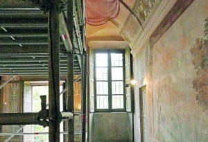 Villa Braghieri, tornerà a splendere la sala del biliardo. Due mesi di lavori