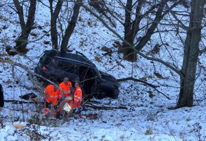 Selva di Ferriere, auto precipita nella scarpata per 30 metri. Grave il conducente