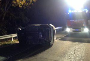 Spaventosa carambola tra cinque auto a Borgonovo: tre feriti