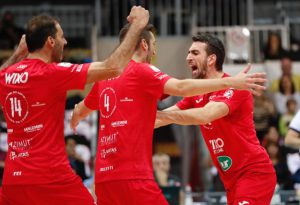 Battaglia infinita ma da tre punti: Wixo Lpr piega Milano nonostante Aziz