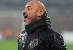 Naufragio rossonero al Garilli: Frare decide la sfida nel fango. FOTO