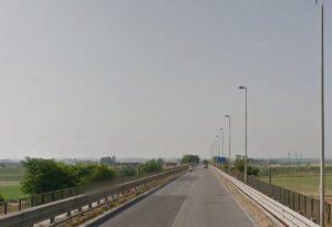 """""""Troppi pedoni e bici sul ponte di Pievetta, rischio incidenti"""". E' allarme"""