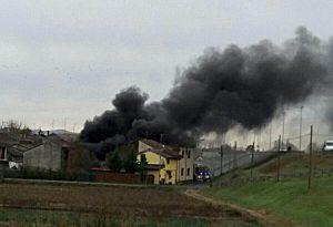 """Bosco Tosca, incendio in casa disabitata. Il sindaco: """"Serve comitato sicurezza"""""""