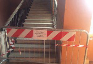 Ala del municipio a rischio cedimento: associazioni costrette al trasloco