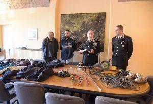 Furti in abitazioni, in manette 4 uomini sorpresi ad Ancarano