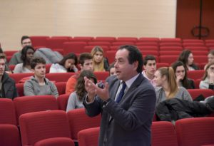 Internazionalizzazione delle imprese e futuro delle banche, lezione per gli studenti di ragioneria