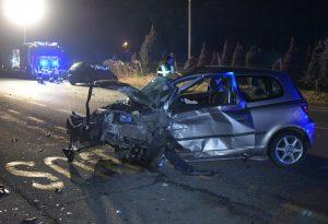 Frontale a Mucinasso e I Vaccari: feriti i due guidatori, uno è grave. Strada riaperta al traffico