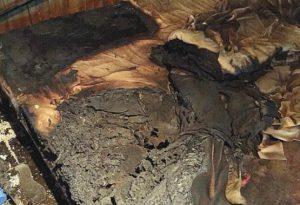 Incendio nella stanza da letto, muore donna di 81 anni