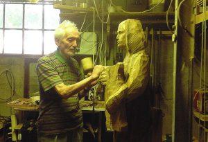 Addio al decano degli scultori piacentini: è morto Paolo Perotti
