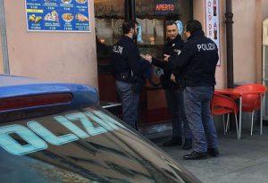 Rissa tra stranieri e spaccio di droga: blitz della polizia questa mattina in Piazzale Marconi