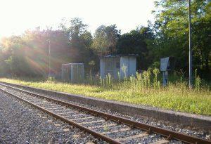 Binario spezzato e traversine rotte sulla linea Voghera-Piacenza