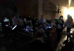 """Concerto al buio e """"raccolta passi"""". E' """"M'illumino di meno"""""""