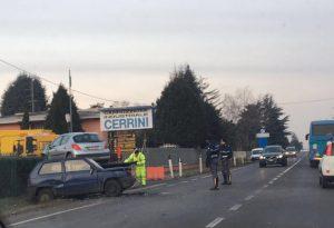 Castel San Giovanni, frontale tra due auto. Due feriti