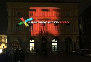 Emozioni da videomapping: spettacolo a palazzo Mercanti