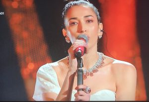 Applausi per Nina Zilli e il suo brano contro la violenza sulle donne