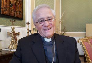 Dieci anni fa l'arrivo a Piacenza, l'album dei ricordi del vescovo Gianni Ambrosio