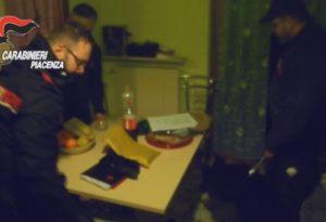 Colpi in appartamenti, sgominata banda di ladri: otto arresti e due ricercati. Bottino da un milione