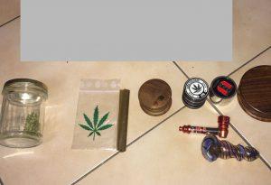 Marijuana e cocaina nelle scarpe e nelle mutande: ventenne arrestato a San Giorgio