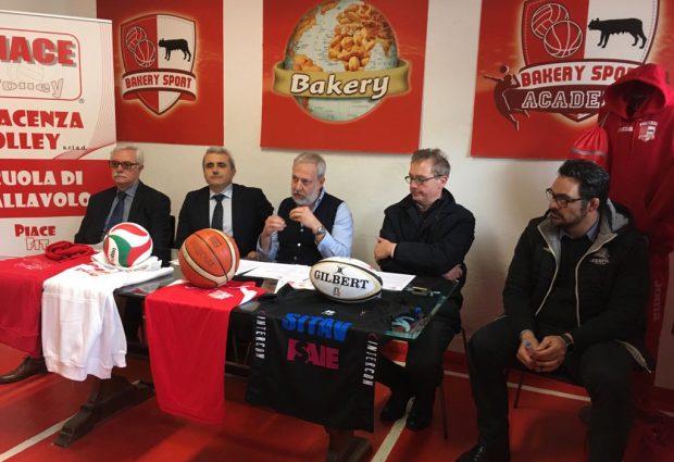 Bakery, Piace Volley e Sitav Lyons tutti insieme appassionatamente per il futuro dei più giovani. VIDEO