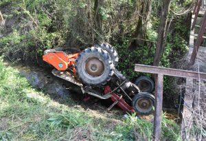 Tragedia a Pontenure: il trattore si ribalta, muore bambino di cinque anni