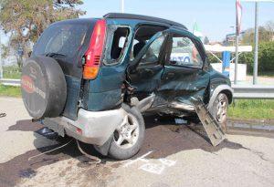 Rivergaro, violento scontro tra due auto sulla statale 45, due feriti