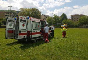Schianto frontale tra due moto a Ottone: interviene l'elicottero da Parma. Domenica nera per i centauri