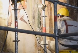 Ex Chiesa del Carmine: durante gli scavi spuntano dipinti inediti e tombe medievali