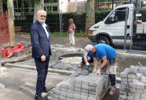 Parole di pietra sul Facsal. L'opera di Milani verrà svelata l'8 giugno