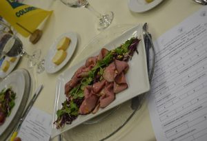"""Sfida culinaria del """"Piatto del cuore"""": il roast-beef sbaraglia la concorrenza"""
