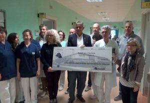 """Da Mandelli 10mila euro all'Ospedale di Castello per i pazienti """"Gracer"""""""