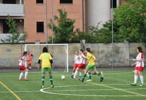 Calcio a 5 e solidarietà in rosa contro l'endometriosi alla guardia di finanza