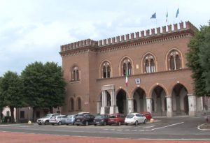 Luca Quintavalla o Paola Baroni: Castelvetro sceglie il suo prossimo sindaco