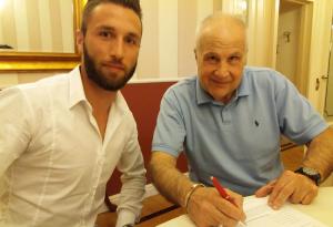 Stretta di mano e accordo raggiunto: Matteo Marotta sarà un giocatore del Piace