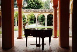 Musica nei chiostri, domani parte la quinta edizione. Tre concerti di musica classica in programma