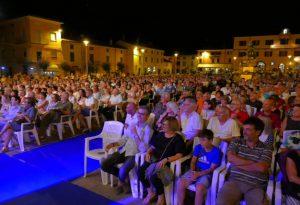 Pieno di pubblico e di applausi per Fausto Leali ad Agazzano. FOTO