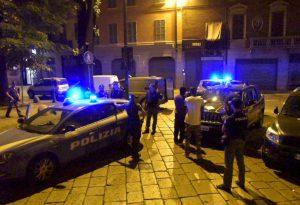 Quartiere Roma, controlli a tappeto delle forze dell'ordine. Giro di vite sulla sicurezza