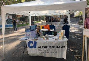 Giornata dell'Alzheimer, l'associazione scende in piazza per informazioni