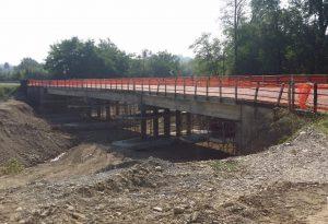 Ponte sul Chiavenna e strada provinciale 47, lavori al termine