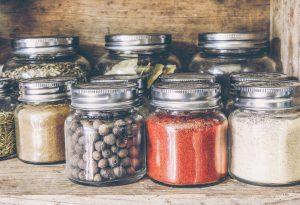 """Quali contenitori utilizzare per gli alimenti, la guida di """"Sicurezza alimentare"""""""