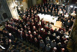 """Lunghi applausi al """"Requiem dei monti"""". Stasera torna """"L'Alpino"""""""