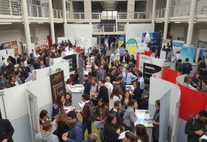 Career Day, alla Cattolica le aziende incontrano studenti e laureandi