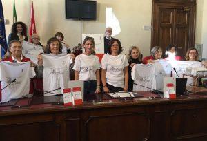 Violenza donne: 236 richieste al Telefono Rosa, lanciato un marchio